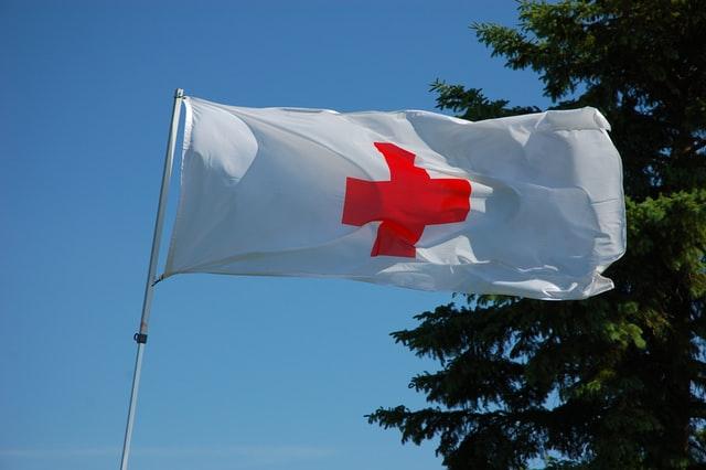 red cross volunteering med school